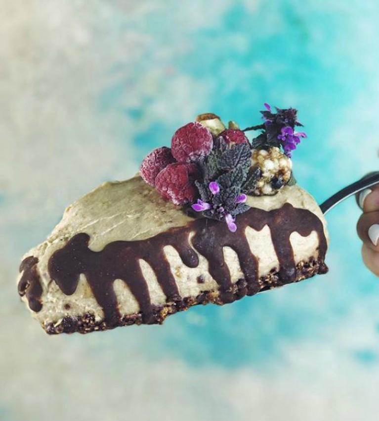 raw kolač