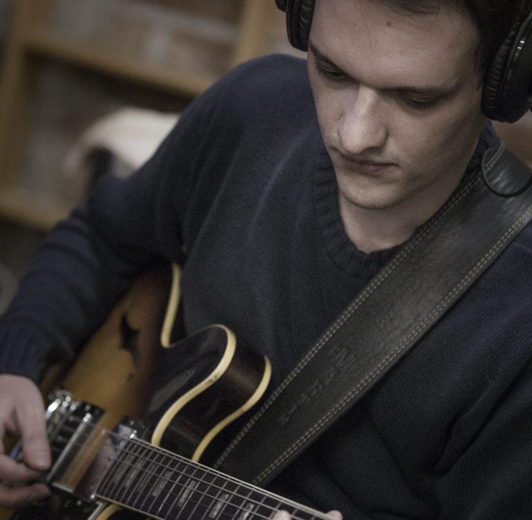 pavle miljenović jazz gitarist
