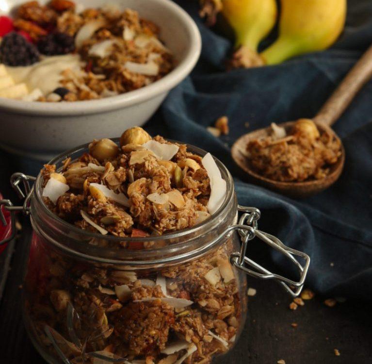 kokos granola doručak